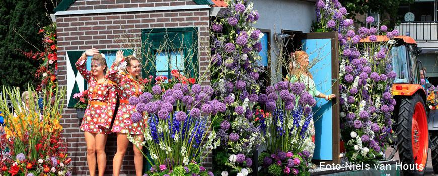 180730_FlowerParade_Rijnsburg_HJdeMooij